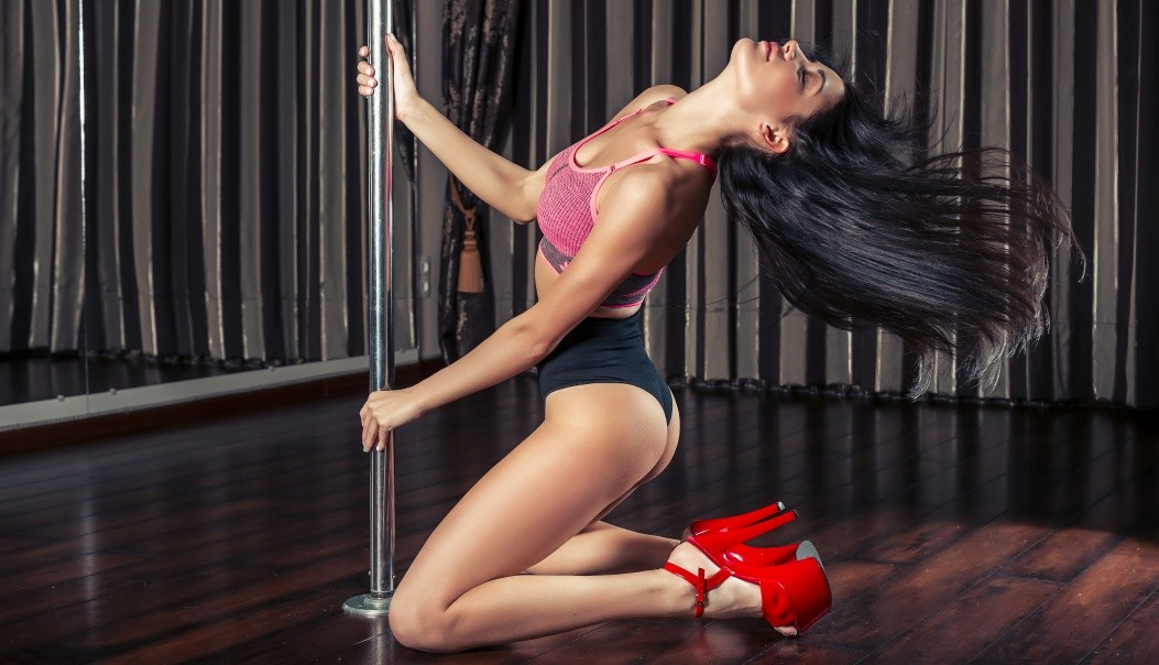 Exotic online pole dancing lessons